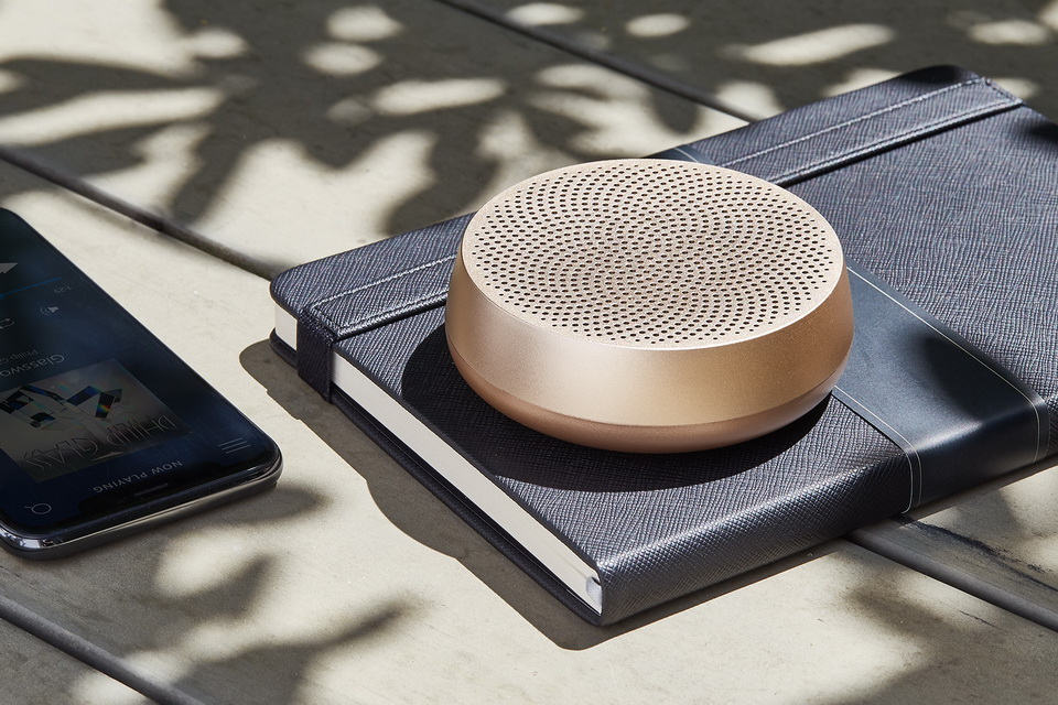 image Powerful portable speaker